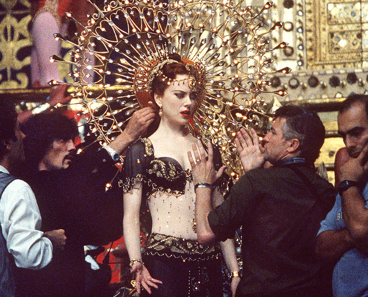 Director Baz Luhrmann and Nicole Kidman on the set of Moulin Rouge!