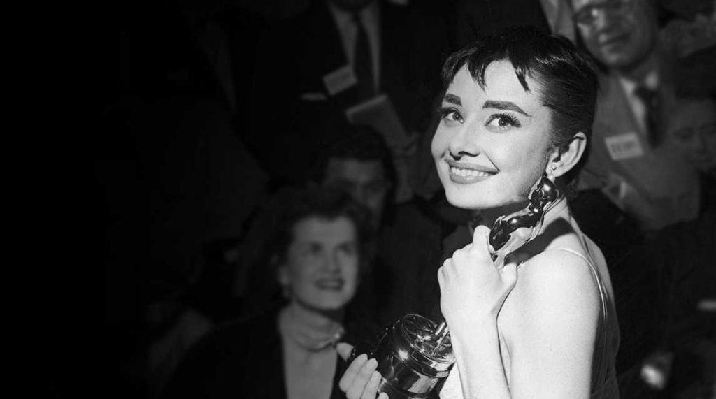 Audrey Hepburn with her Academy Award in 1954 for Best Actress.